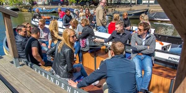 bedrijfsuitje groepsvaart Den Haag rondvaart