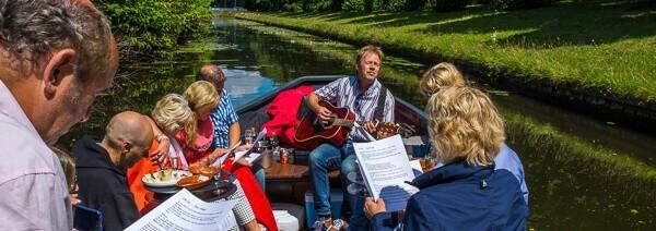 Borrel Boot vrijdagmiddag Den Haag familieuitje