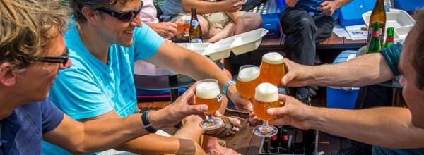 Bierproeverij Rondvaart Den Haag vrijgezellenfeest mannen Scheveningen