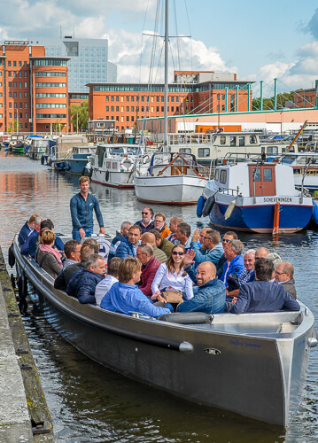 Boat Cruise with Food and Drinks in The Hague