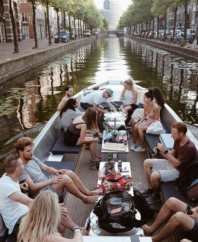 Price Group Canal tour The Hague