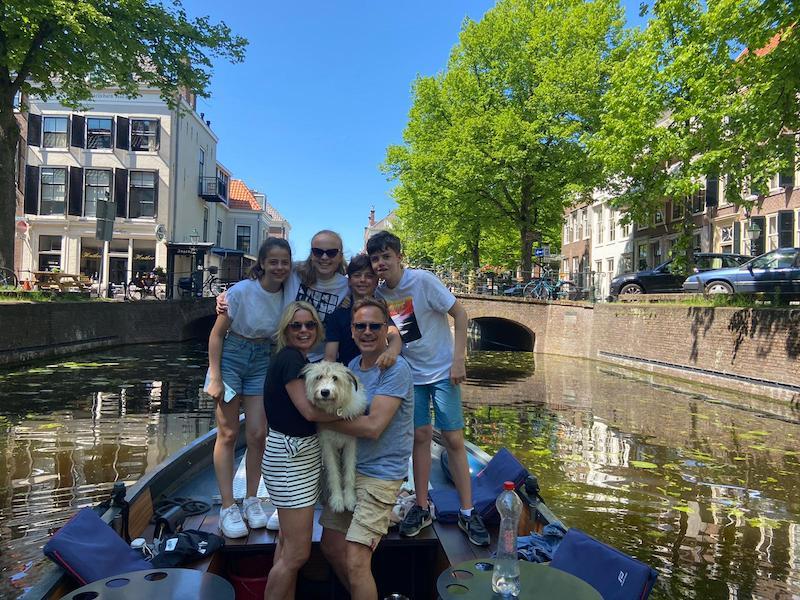 Coronaproof activity family in Den Haag